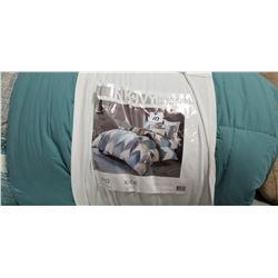 Full /Queen Comforter set