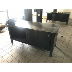 6' HEAVY DUTY STEEL SHOP BENCH WITH VISE