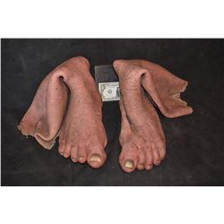 GRIMM SCREEN USED HERO ALIEN DEMON CREATURE LEGS SILICONE 2