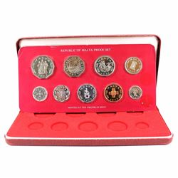 Franklin Mint: 1971 Republic of Malta 9-coin Proof Set in original clamshell case.