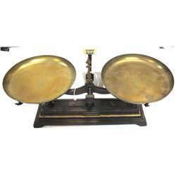 Antique Cast Iron Troemner Scale