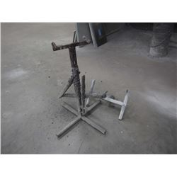 Paint Stand, Adjustable (2 Heads)