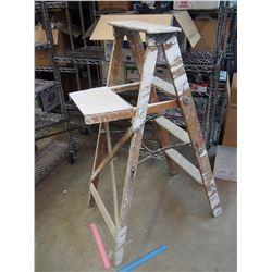 """Wooden Ladder 45"""" Tall"""