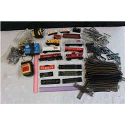 Lot of Toy Train Parts (H/O Scale)