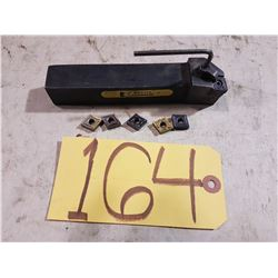 Kennametal Tool Holder with Inserts CNMG 431-432