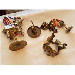 Lot of brass elephants - One bottle opener