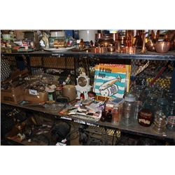 SHELF OF VINTAGE COLLECTABLES INCLUDING GLASS JARS, WOODEN OBJECTS AND MORE