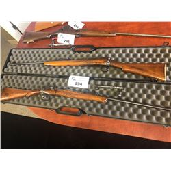 PAIR OF 303 ENGLISH RIFLES WITH ONE BOLT AND ONE CLIP, CASE INCLUDED