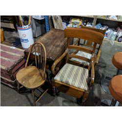 DROP LEAF TABLE AND 3 CHAIRS