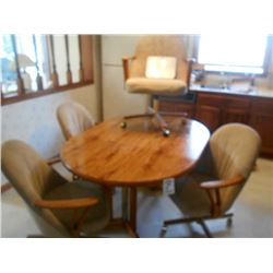 5pc Oak  Dinette/ Kitchen/ Conf Table  Like New !