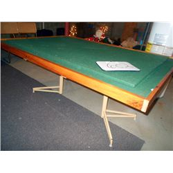 GAMING TABLE/ LIKE NEW