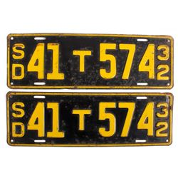 Matching 1932 South Dakota License Plates
