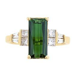 2.20 ctw Green Tourmaline and Diamond Ring - 14KT Yellow Gold