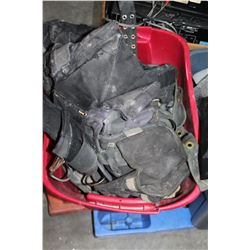 TOTE OF TOOLBELTS