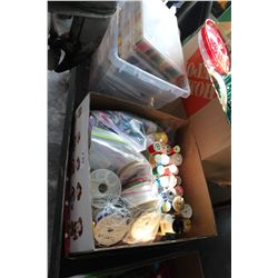 LARGE LOT OF SEWING THREAD