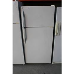WHITE KENMORE FRIDGE, TESTED AND WORKING
