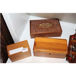THREE VINTAGE WOOD DRESSER BOXES