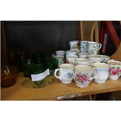 LOT OF CUPS AND VINTAGE GLASSWARE