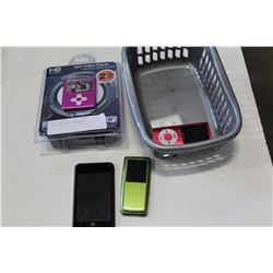 IPODS AND MP3 PLAYERS