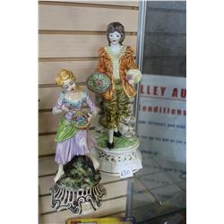 TWO CAPIDEMONTI FIGURES