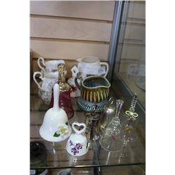 COLLECTIBLE CREAM AND SUGARS AND BELLS