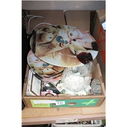 BOX OF COLLECTIBLE GLASS AND ORNAMENTS AND FROGS
