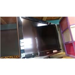 SHARP LIQUID CRYSTAL 32 INCH TV
