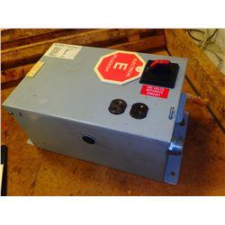 DAYKIN LTFS-01 INDUSTRIAL POWER TRANSFORMER DISCONNECT 480V