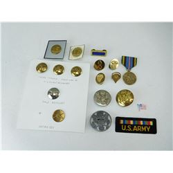 ASSORTED U.S. MILITARY CAP BADGES AND PINS