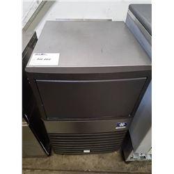Manitowoc 130lb Ice Machine