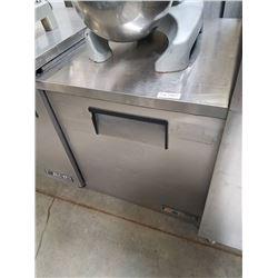 True 1 Door Worktop Refrigerator