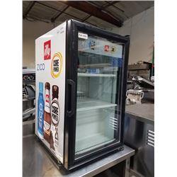 Imbera Countertop Single Glass Door Merchandiser