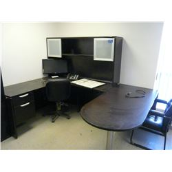 DESK, MONITOR & 2 CHAIRS