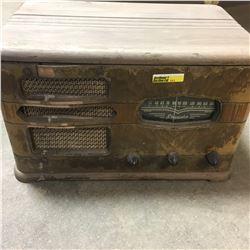 Phonola Desk Top Radio