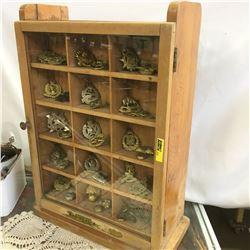 Countertop Store Display Cabinet   (No Contents)