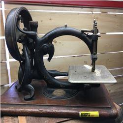 """Hand Crank Sewing Machine """"Wilcox & Gibbs Sewing Machine Co New York London Paris"""""""