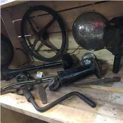 Automobilia Collection: Steering Wheel, Hubs, Horns, Speedometer, Pedals, Etc