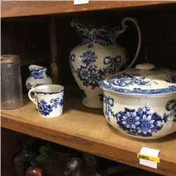 Shelf Lot: Blue/White Wash Basin Set