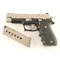 Sig Sauer P220 .45 ACP SN: G307512
