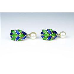 Quality Vintage Style Pearl Earrings