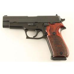 Sig Sauer P220 .45 ACP SN: G285169