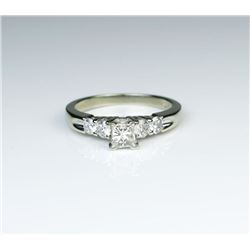 High Quality Princess Cut Diamond Ring