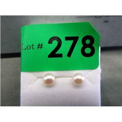 New 10KT Gold White Pearl Stud Earrings