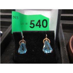 10 KT Gold & Blue Topaz Earrings