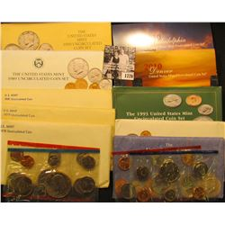 1726 . 1978, 79, 81, 89, 90, 91, 92, 93, & 2010 U.S. Mint Sets, all original as issued. (Total of $3