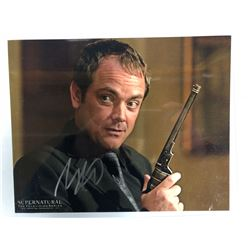 """MARK SHEPPARD SIGNED 8"""" X 10"""" COLOR PHOTO"""