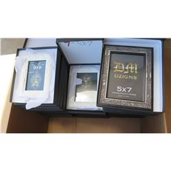 "DM Dzigns Picture Frames 5""x7"" 21pcs and 4""x6"" 11pcs"