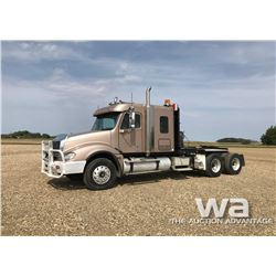 2005 FREIGHTLINER COLUMBIA T/A WINCH TRUCK