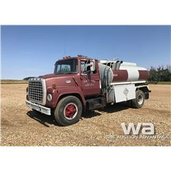 1981 7000 FORD S/A FUEL TRUCK