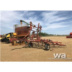 IHC 22 FT. D/T CULTIVATOR